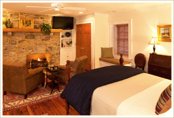 West Virginia Bed and Breakfast - Hawthorne Suite