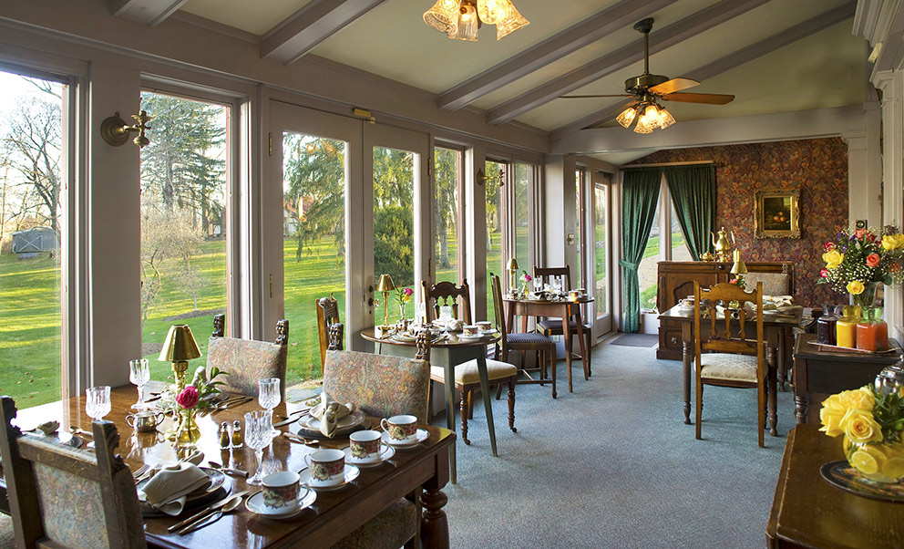 West Virginia Bed and Breakfast breakfast room overlooking the gardens