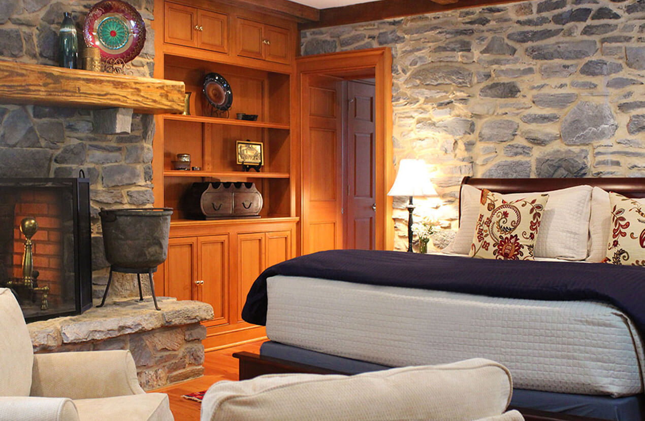 Bed and Breakfast in WV with fireplace