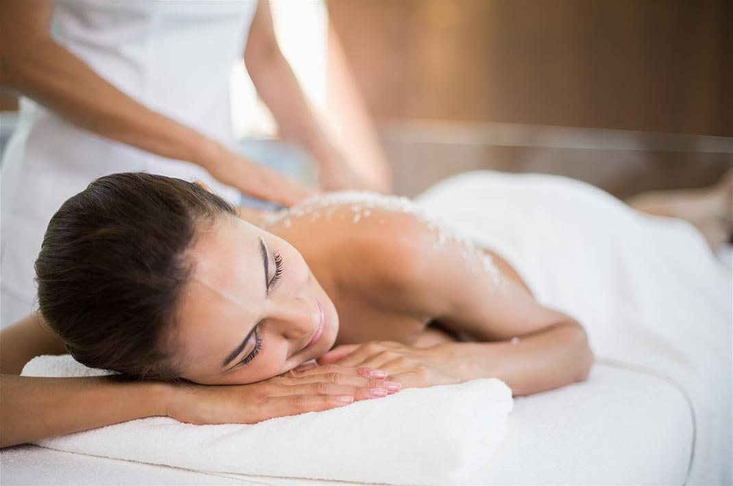 Back massage at our spa resort in West Virginia