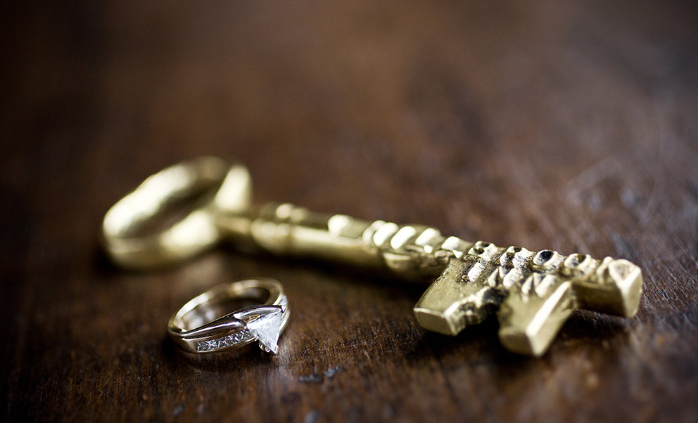 Ring and key Elope in West Virginia