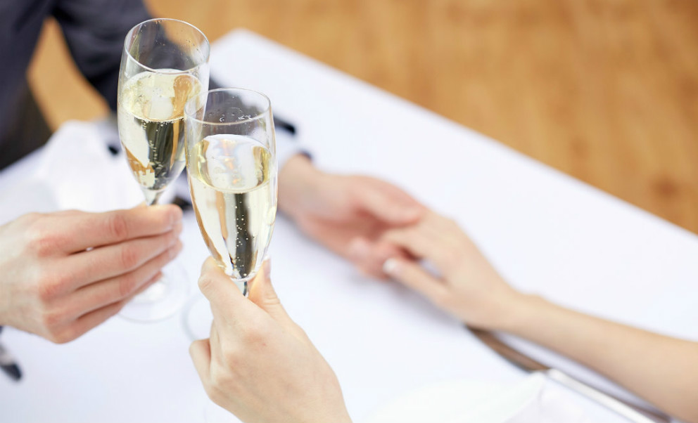 Cheers to Romance at Hillbrook Inn & Spa