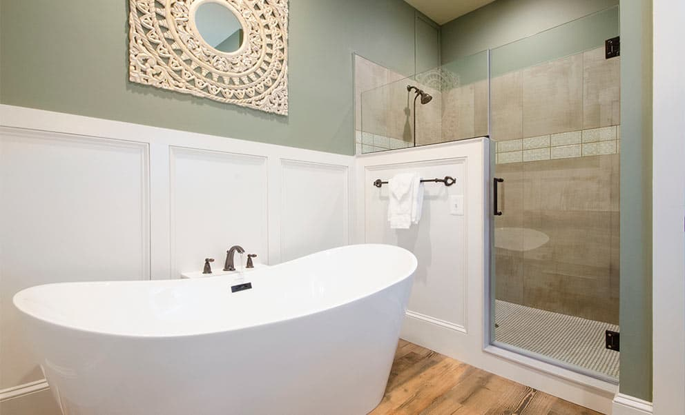 Spa Tub in Winter Cottage at Charles Town B&B